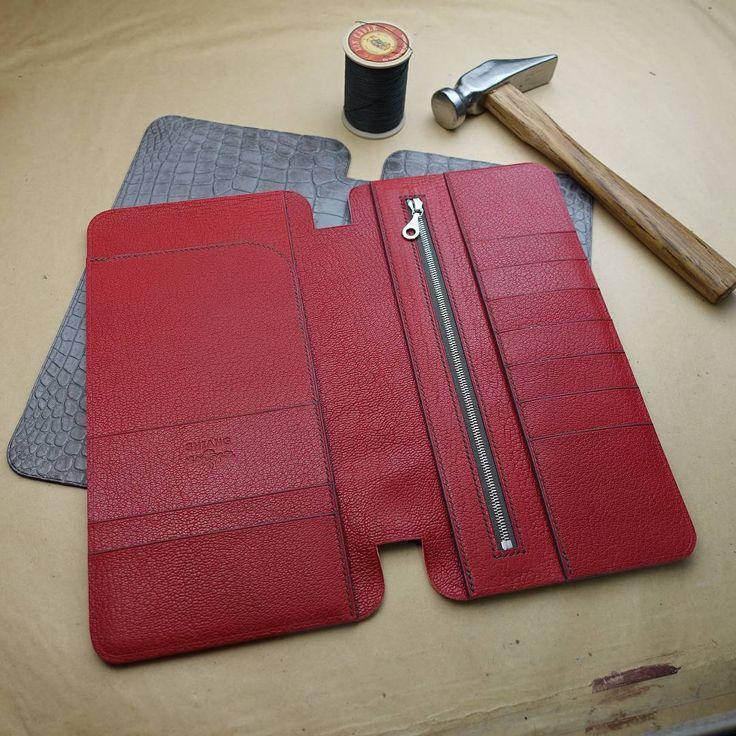 In the making of #greyhimalayan organizer. Pockets and card slots done! Ready to stitch up!   #handmade #bespoke #madetoorder #love #menswear #dapper #gentleman #crocbag #passportholder #style #luxury #GriscendreHimalaya #grishimalaya #cendrehimalaya #hermeshimalaya #hermes #womenswear #purse #wallet #crocodileskin #alligatorskin #shiang #Taiwan #Taipei #USA #Indonesia #middleeast #dubai #craftsmanship