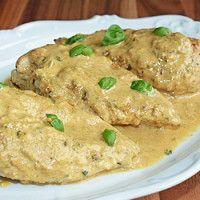Peitos de frango ao molho cremoso de mostarda dijon