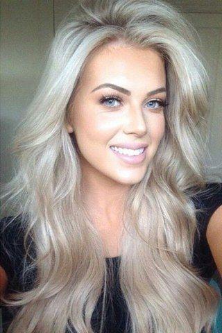 Haarfarben-Trend: Platin-Blond
