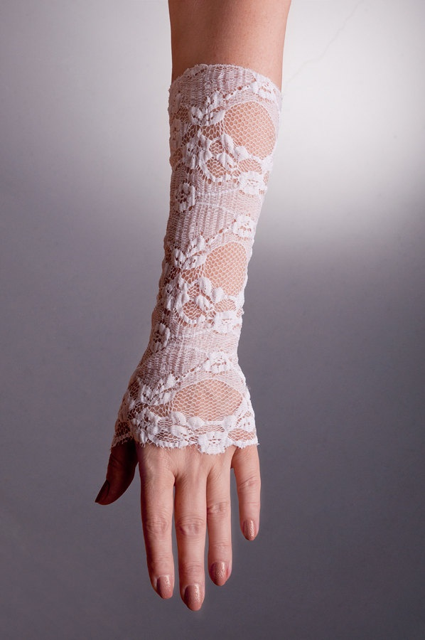 DELICATE+Wedding+Fingerless+Bridal+Gloves+in+2+by+uniquastudio,+$18.00 love these!!!!