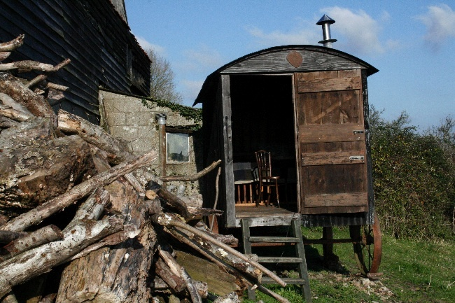 Cameron Short's 1890s John Farris shepherd's hut, west Dorset