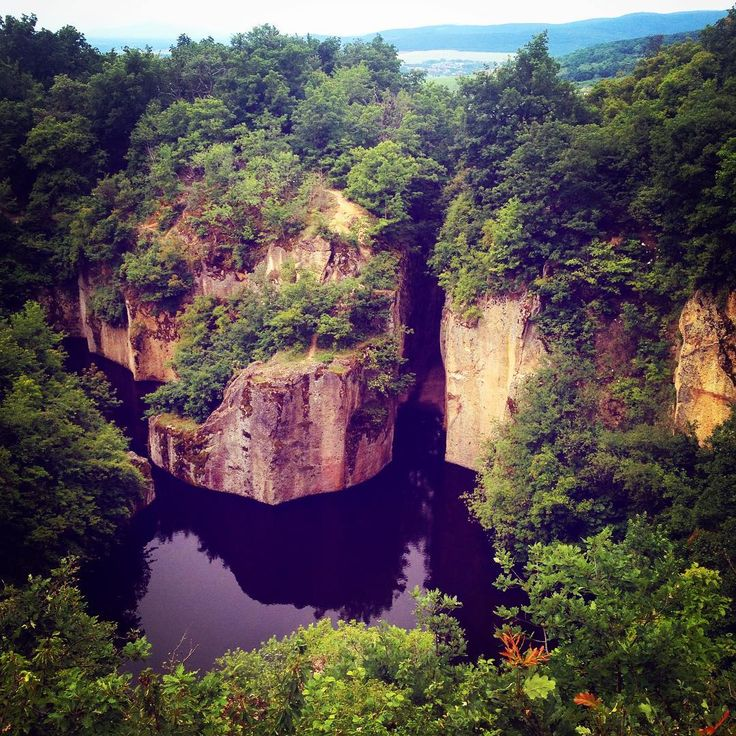 #finally here! My kind of #wonderland 😍❤️🌿🍃💦 #megyerhegyitengerszem #hungary #nature #naturelover #natureporn #natureaddict #walking #trip #hiking #hikingadventures #lovemylife #hashimoto #adaland