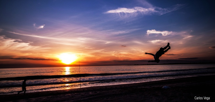 Fotografía de puesta de sol, tomada en el Puerto de santa María