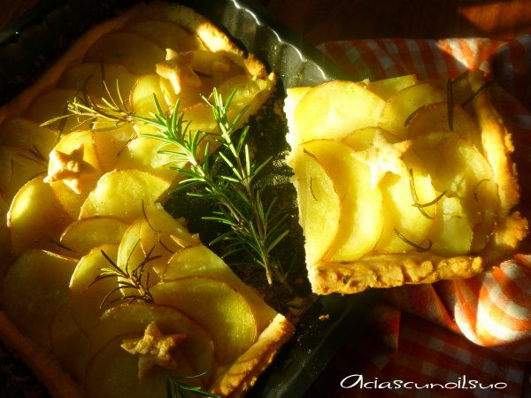 Torta di patate rosse e rosmarino