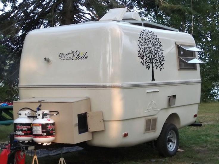Kijiji roulotte trillium de type boler vintage camper trailer pinterest - Lit roulotte vintage ...