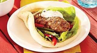 Kaftas grillés au citron et à la menthe | Recettes IGA | Barbecue, Sandwich, Agneau