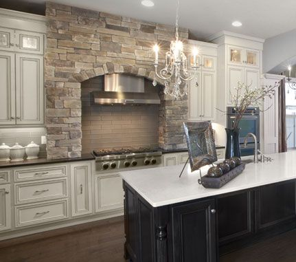 Kitchen stove echo ridge country ledgestone cultured stone brand