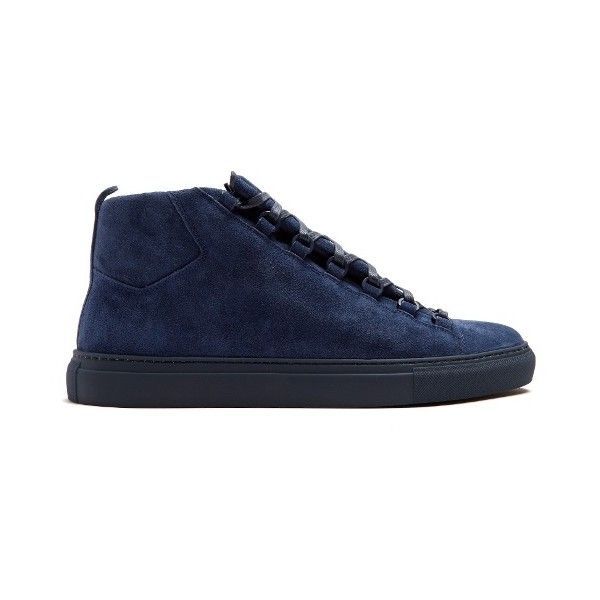 Balenciaga Arena high-top suede trainers ($585) ❤ liked on Polyvore featuring men's fashion, men's shoes, men's sneakers, blue, shoes, mens high top sneakers, mens blue sneakers, balenciaga mens shoes, mens suede shoes and mens suede sneakers