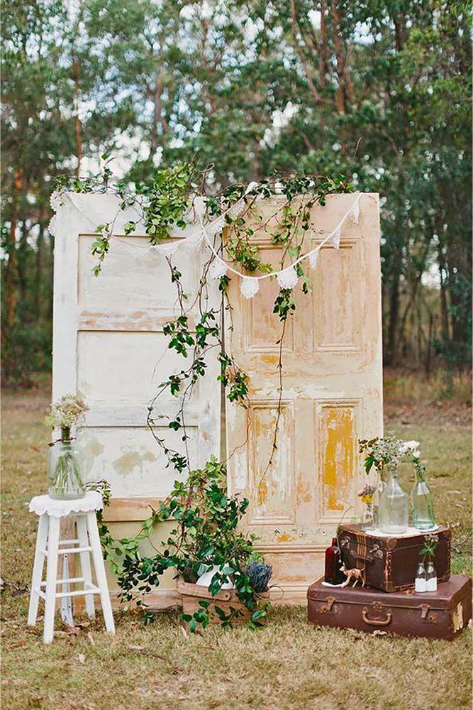 Best 25 Wedding door decorations ideas on Pinterest  Backyard wedding decorations Classy
