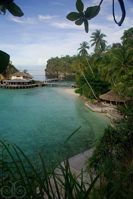 Misool Eco Resort in Raja Ampat Islands, Indonesia (by NOSYTOUR). Beautiful places to visit in Indonesia.