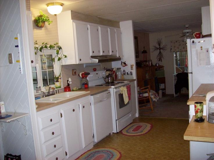 1000 images about mobile home living on pinterest single wide campers and modern mobile homes. Black Bedroom Furniture Sets. Home Design Ideas
