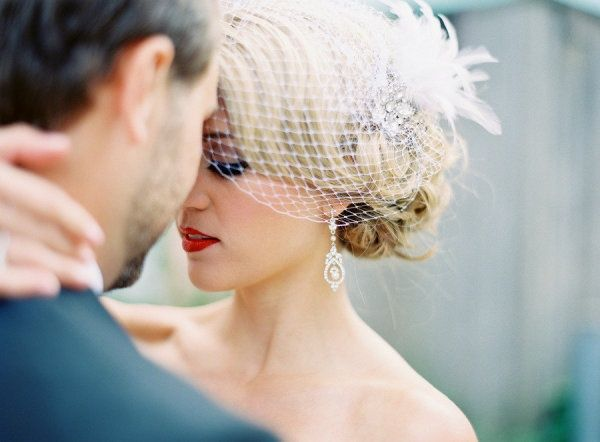 Bird cage veil, earrings, and hair! Love it all