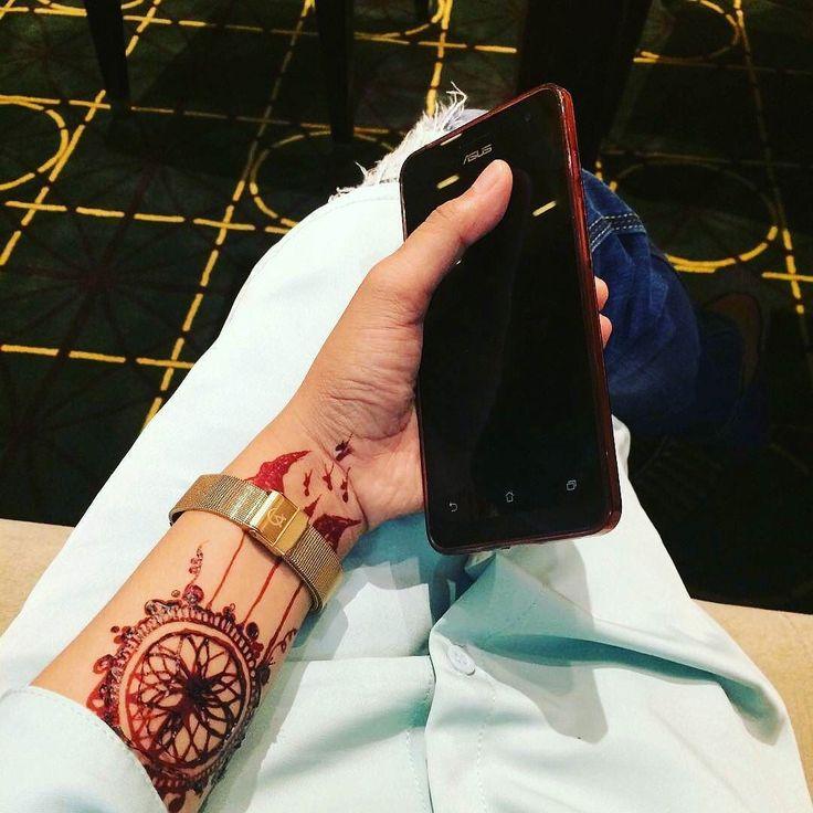 @Regrann from @naana_lukman -  #Regrann  wah hbs henna lgsg nobar y jenk... The dear... #hennafun #henna #hennapacci #hennaartismakassar #hennaart #hennaartist #hennamaroon #dreamcatcher #dream #handpaint #lukishenna #lukistangan #hennainspire #hennainspired