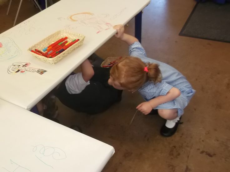 Inspired by a pin we saw ... we put paper on top and also under the table! It was a great success ... guess where all those boys were! The next day they moved some cushions from the construction area under the table ... 'to make it more comfy' they said! LH