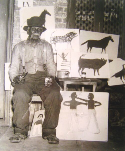 Photo of artist Bill Traylor who worked from a wooden box on the streets of Alabama #art #AmericanFolkArt #naiveart #outsiderart #outsiderartist #drawing #painting #simpleart #BillTraylor For the lives, work, homes & studios of artists visit www.ompomhappy.com