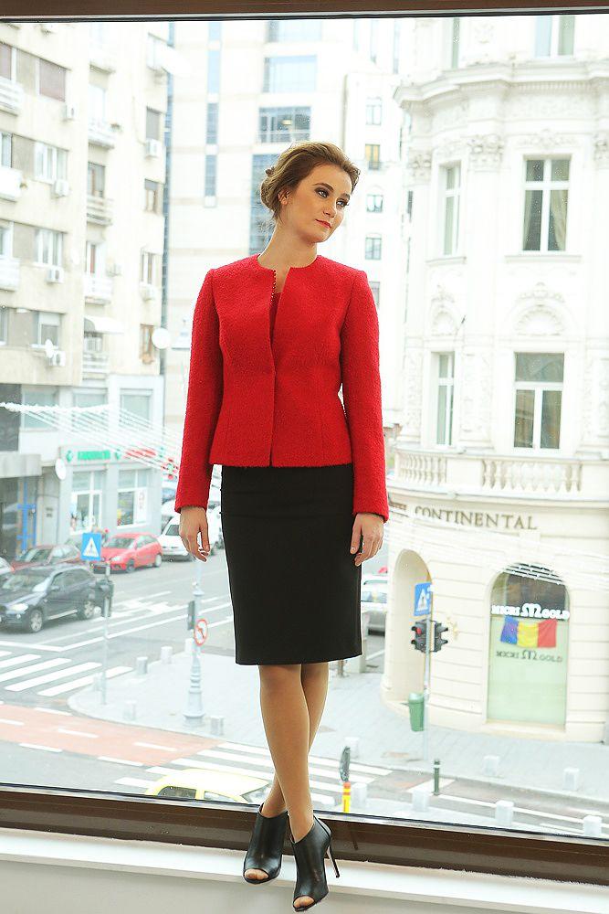 #yokkoinspiration #yokkothefashionstore #coat #skirt #jacket #fallwinter2015 #yokkoromania #fw15 #onlineshopping #fashion #madeinromania #outfit #feminity #instafashion