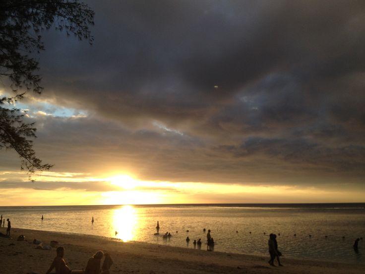 Coucher de soleil à #FlicenFlac #Mauritius
