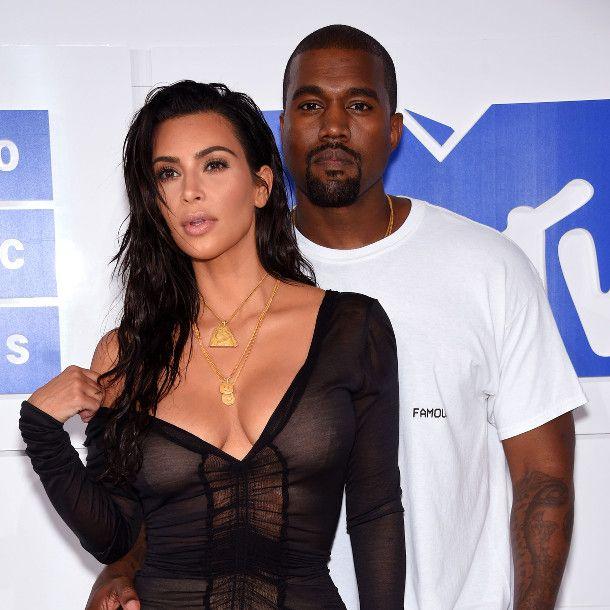 Kim Kardashian Hat Kanye West Vor Die Tur Gesetzt Intouch In 2020 Kim Kardashian Kanye West Kardashian Kim Kardashian