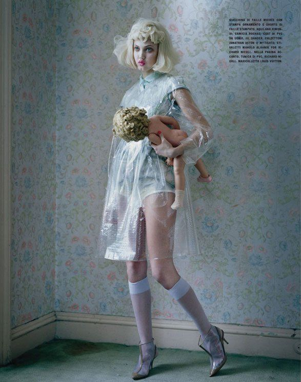 Lindsey Wixson by Tim Walker for Vogue Italia - Fashion dolls - Chicquero dollhouse 9