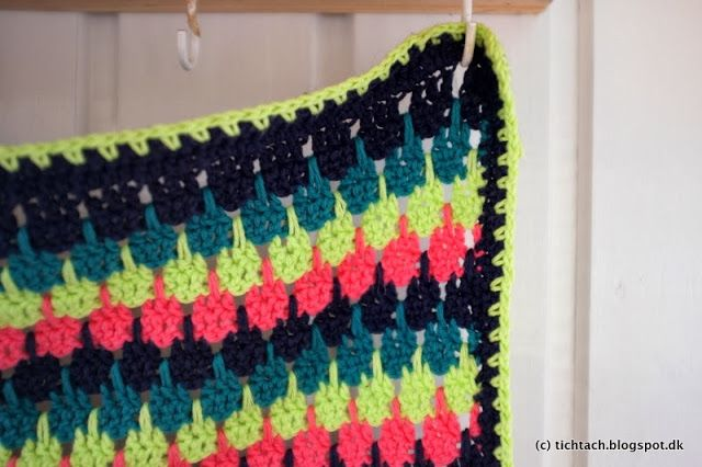 Learn to do the #Larksfoot #Crochet #Stitch (with video instruction) #tichtach
