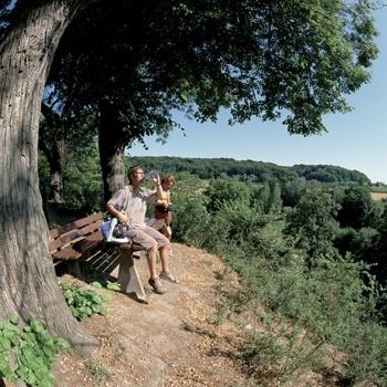 Pauze tijdens wandeling in Zuid-Limburg