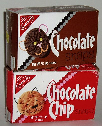 every time we went to the navy exchange i would beg for a box of those chocolate snaps!