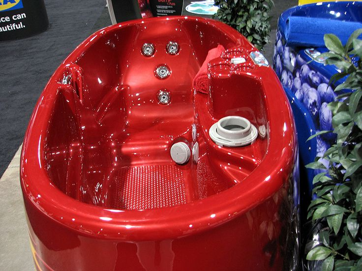 Spa Berry Portable Jetted Hot Tub For Two People