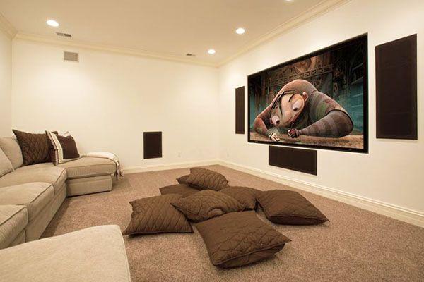 Полка для телевизора на стену: определяемся с выбором