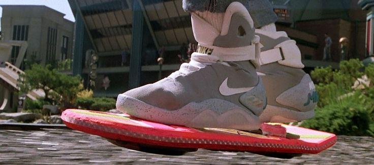 Retour vers le Futur : Nike annonce que les Air Mag à laçage automatique sortiront en 2015