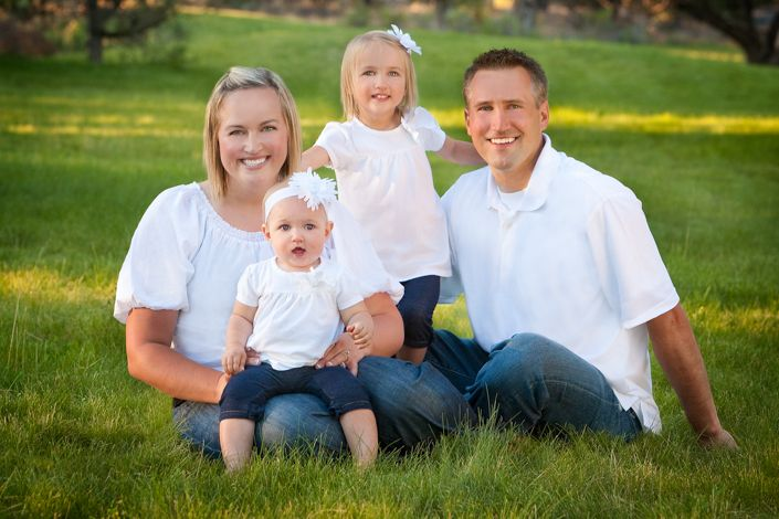 White shirt and jeans family pictures