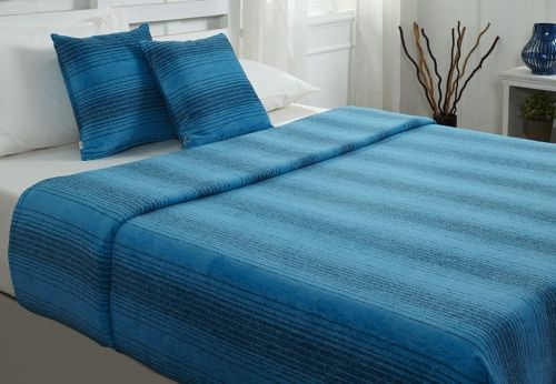 Designer Covers for Your Bed Which Makes Your Bedroom More Beautiful.