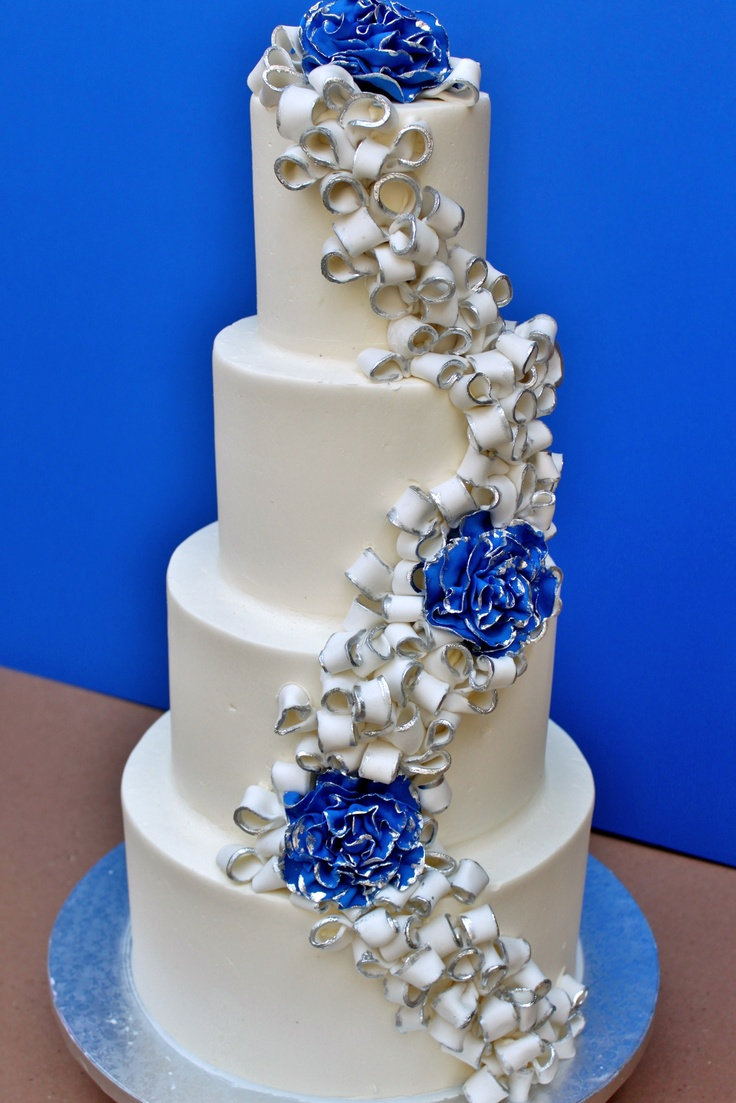 blue white wedding cakes pictures royal blue wedding cakes royal blue blue 12029