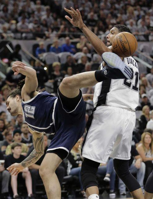 San Antonio Spurs contra o Oklahoma City jogo Trovão 1 NBA Playoffs imagens - Newsday