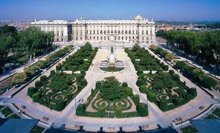 Parque del Buen Retiro Gardens, Madrid.
