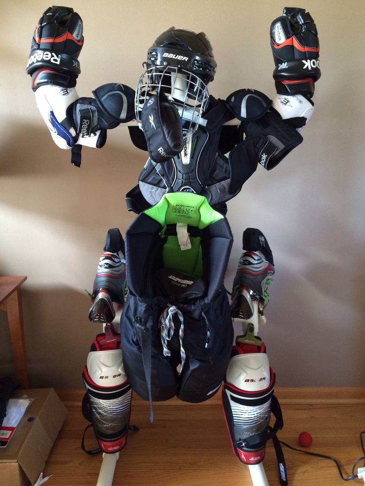 How to Make a Hockey Gear Stand .well I know what I am doing winter break!!!!