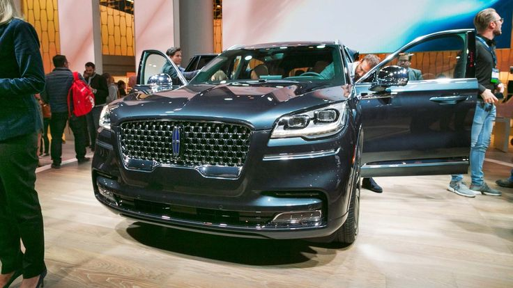 2020 lincoln aviator vs volvo xc90 spy shoot with images