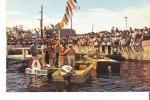 À l'arrivée des nageurs au quai municipal de Roberval (Place de la Traversée) lors de la Traversée Internationale du Lac Saint-Jean