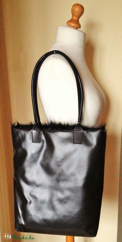 Sally bőr-textil szőrös táska, Táska, Ruha, divat, cipő, Válltáska, oldaltáska, Meska