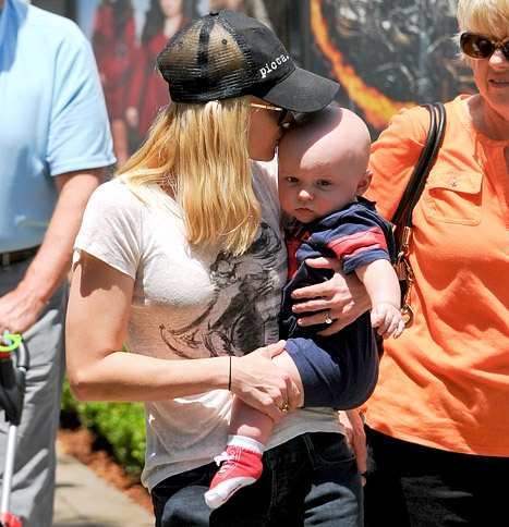 Anna Faris Kisses Adorable Baby Jack During Outing in L.A.