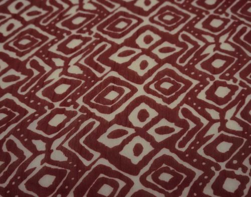 44-034-Wide-Abstract-Light-Weight-Dressmaking-Fabric-Red-Chiffon-Sewing-By-1-Yard