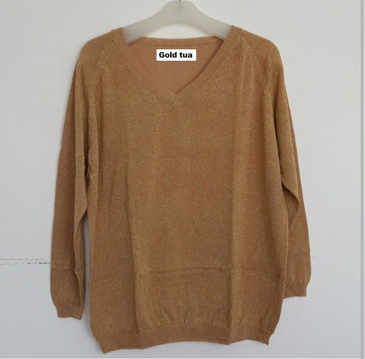 #Sweater Gliter Import Lengan Panjang (B082) ~ 125ribu. Warna : Gold tua. Bahannya bagus & halus #Bahan rajut. Ukuran : One Size/All size. Fit sampe ukuran XL (LD = 104cm, Pjg baju 60cm)