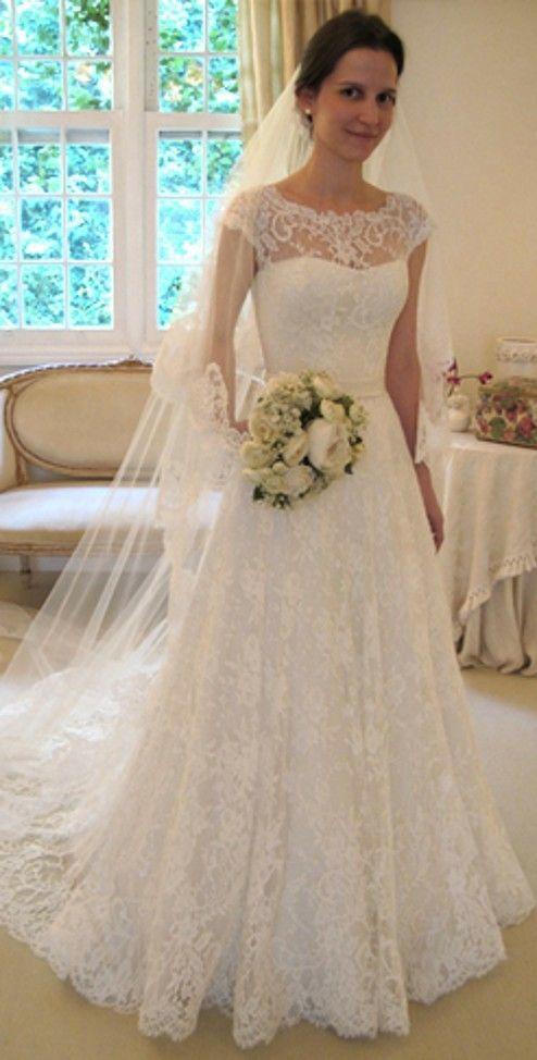 Wedding Dress | Lace, Sweetheart, Modest | Wanda Borges