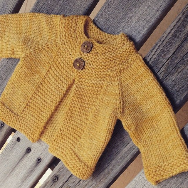 "357 Me gusta, 31 comentarios - Taiga Hilliard (@taigahilliard) en Instagram: ""Dash With @katrinkles_knitting_jewelry buttons"""