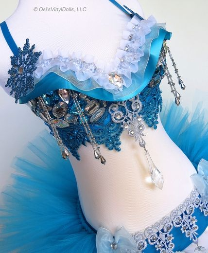 Frozen Inspired Rave Outfit #Rave #EDM #RaveOutfit #RaveBra