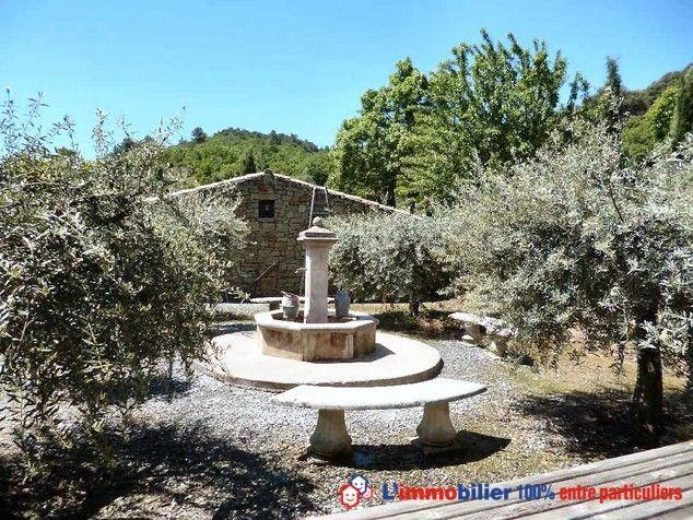 1206 best Fontaines, jets du0027eau, lavoirs,puits images on - chambre d hotes aix en provence piscine