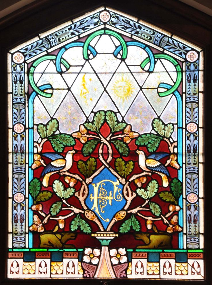 A colored glass window at Villa Feltrinelli. #lake #garda #villafeltrinelli #grandhotel #detail #window #colors