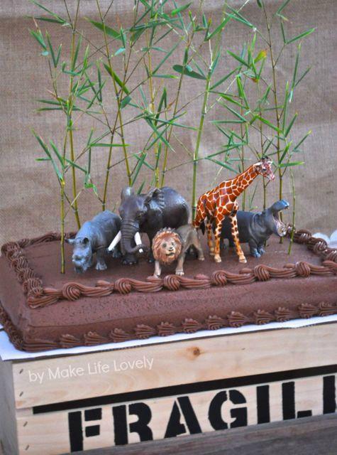 Jungle Safari Animals Birthday Party Cake