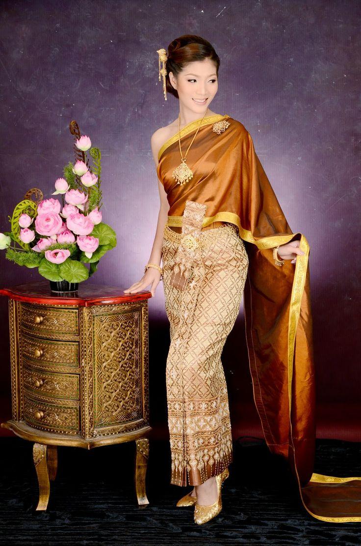 Thai Traditional Dress   Thai Traditional Dress ...