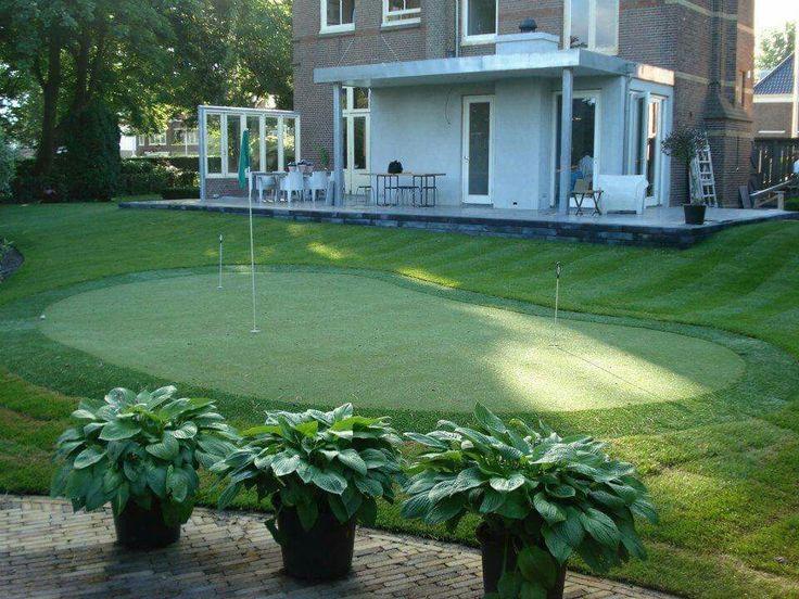 Putting green in je achtertuin. Waarom niet? Omdat het kan. Sir.Green ontwerpt. www.sirgreen.nl