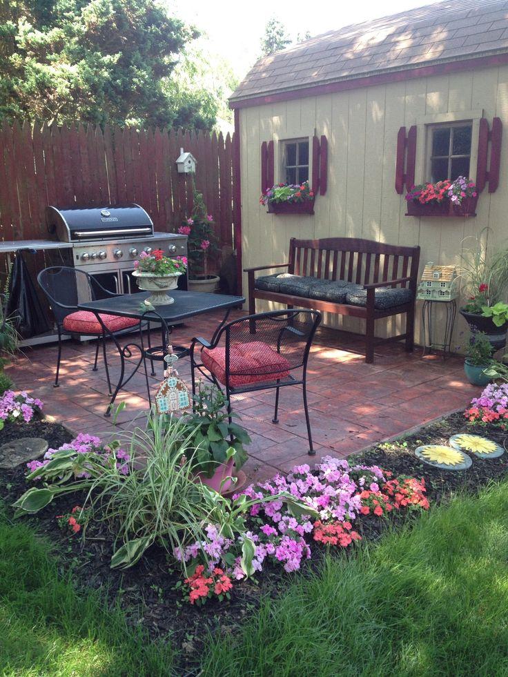 The 25+ best Backyard sitting areas ideas on Pinterest ... on Small Garden Sitting Area Ideas  id=55108